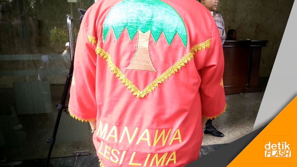 Datang dari Maluku, Warga Laporkan Akun FB Penghina Baju Adat