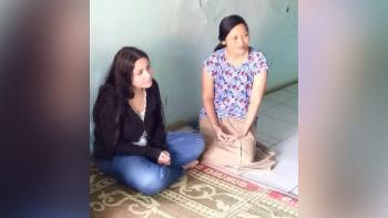 Gadis Italia Ini Terpikat Pada Pemuda Desa Melalui Facebook