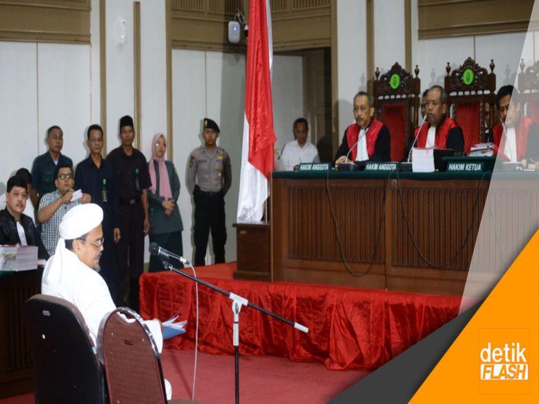 Jadi Saksi Ahli, Habib Rizieq Didampingi Istri