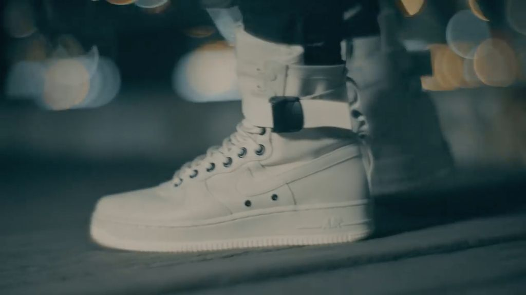 Sneakers ini Kolaborasi 3 Brand Ternama, Seperti Apa?