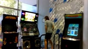 Keliling Kantor Google yang Asyik dan Fun