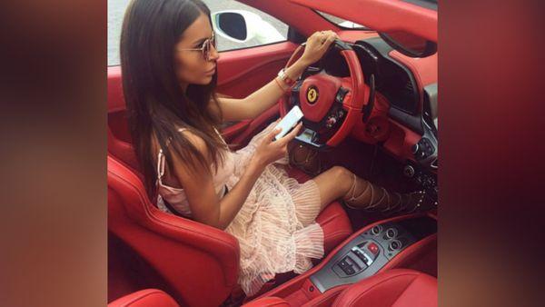 Fenomena Anak Muda Tajir Instagram Pamer Kekayaan
