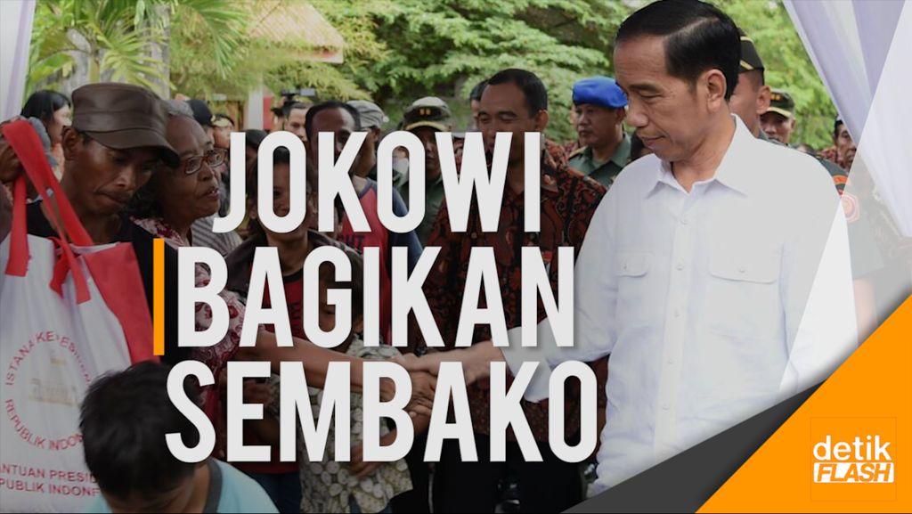 Jokowi Bagikan 4.000 Paket Sembako Buat Warga Solo