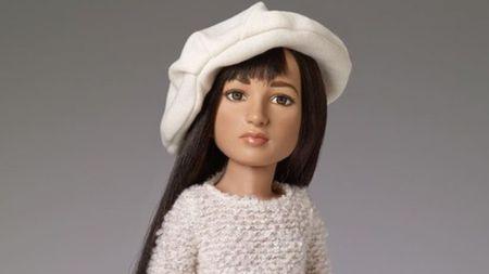Ini Boneka Transgender Pertama di Dunia