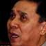 Kapolri Jenderal Bambang Hendarso Danuri menunjukkan foto Bagus Budi Pranoto alias Urwah. Bagus Budi Pranoto alias Urwah adalah pelaku bom Kedubes Australia tahun 2004.