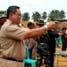 Lomba tembak ini juga diikuti oleh Wakil Gubernur bengkulu HM. Syamlan, Walikota bengkulu Ahmad Kanedi, serta para bupati dan wakil bupati yang ada di Provinsi Bengkulu. (Nugroho Tri Putra).