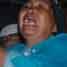 Nenek korban meratapi kematian cucunya, saat jenazah Nitasari diangkut dengan mobil patroli Polsek Tallo untuk dibawa ke rumah sakit Bhayangkara