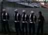 Keamanan di Kedubes Saudi Arabia diperketat. Sejumlah anggota keamanan membuat pagar betis. Beberapa polisi juga menjaga aksi ini.