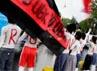 Masing-masing tubuh ditulisi cat warna merah bertuliskan Turunkan SBY.