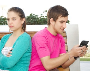 6 Alasan yang Dikatakan Pria Ketika Selingkuh