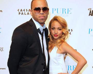 Pacar Chris Brown Ketakutan Diancam Dibunuh Fans Rihanna