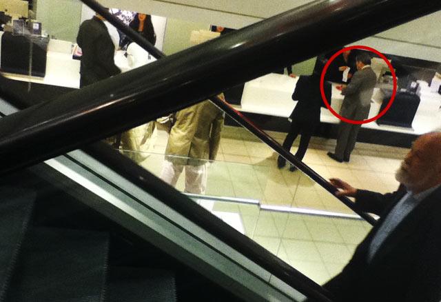 Di Jerman, Anggota DPR Belanja di Mall Mewah !