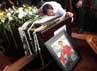 Suasana duka menyelimuti pemakaman Dody Aviantara.