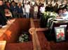Jenazah Didik Nur Yusuf dimakamkan di samping makam Dody Aviantara.