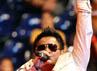 Finalis Indonesian Idol ini membawakan jingle DIOSSP 2012, yang berjudul Indonesia Ayo Smash dan lagu Bendera milik Cokelat.