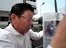 Kardius merupakan Direktur Utama Kurnia Putra Mulia yang mengerjakan proyek pembangunan jalan raya di Kabupaten Simalungun senilai 14 Milyar. Dalam pengerjaannya tidak sesuai spesifikasi dan kontrak sehingga mengakibatkan kerugian negara mencapai 5,6 M berdasarkan audit BPKP Sumut.