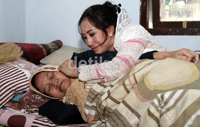 Ibunda Sakit Keras, Shinta Bachir Shock