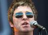 Tak ketinggalan Noel pun memakai kacamata hitam. (Getty Images/Samir Hussein).