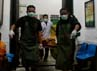 Kedua WN Malaysia ini merupakan bagian dari 8 korban tewas dalam kecelakaan minibus masuk jurang di Sibaganding, Kecamatan Girsang Sipangan Bolon, Kabupaten Simalungun pada Kamis (28/6/2012) subuh. Khairul Ikhwan/detikNews