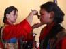 RRC memasukan wilayah Tibet sebagai bagian dari kekuasaan RRC pada tahun 50an. Agresi militer mewarnai penyatuan wilayah Tibet ke RRC. Reuters/Navesh Chitrakar.