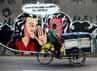 Jelang pencoblosan, lukisan dinding tersebut banyak tersebar di beberapa titik kawasan Ibu Kota.