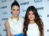 Kakak-adik Kendall dan Kylie Jenner tampil dewasa saat menghadiri Seventeen Magazines September Issue Celebration di W Hotel Westwood, California, Kamis (2/8/2012). (Michael Buckner/Getty Images).