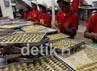 Pada hari-hari besar seperti Lebaran, Natal dan Imlek permintaan kue kering selalu meningkat sebesar 30-70 persen.