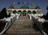 Bangunan Masjid Nanguan ini menjadi ikon di kota Yinchuan yang banyak menarik wisatawan.