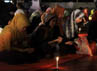 Doa bersama tersebut dimulai pukul 19.00 WIB.