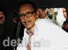 Juru bicara KPK, Johan Budi menyatakan berkas Kosasih telah dinyatakan lengkap. Ramses/detikcom.