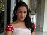 Penyanyi berusia 15 tahun itu tampil cantik dan dewasa dengan dress yang bernuansa merah-putih. Gus Mun/detikHOT.