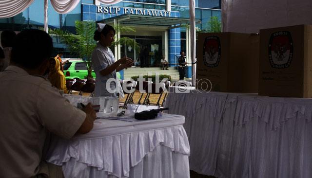 Dokter dan Karyawan RS Pilih Gubernur
