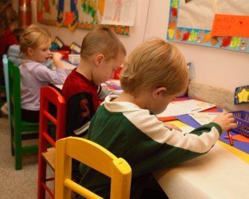 Ajarkan 7 Hal Ini Sebelum Anak Masuk TK
