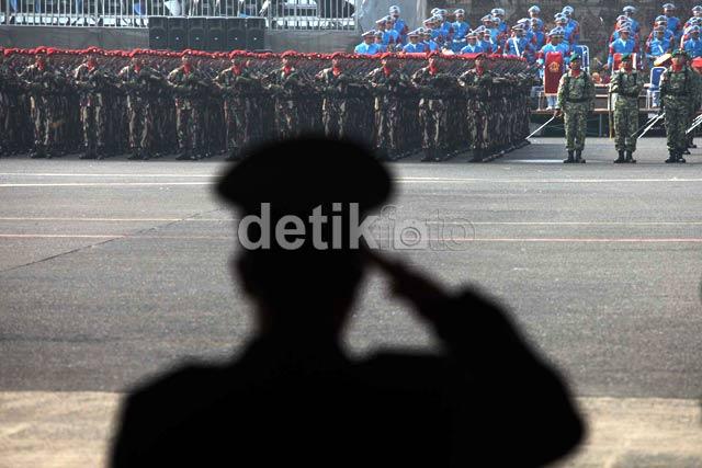 Gladi Bersih HUT TNI Ke-67