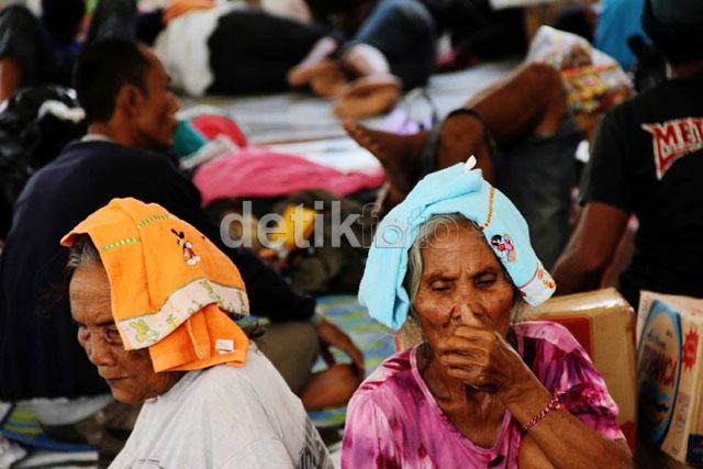 Korban Kerusuhan Lampung Masih Mengungsi