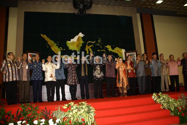 Gubernur se-Indonesia Sosialisasi Kebangsaan