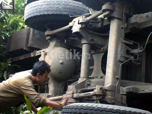 Kecelakaan Maut di Cianjur, 16 Orang Tewas