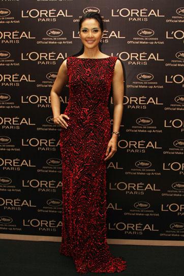 Maudy Koesnaedi Wakili Indonesia di Red Carpet Festival Film Cannes 2013