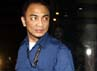 Tak hanya Hidayat, ada dua tas hitam yang ikut dibawa juga oleh petugas. Lamhot Aritonang/detikFoto.