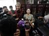 Ganjar Pranowo menyatakan maksudnya bertemu Taufiq Kiemas adalah sowan atas kemenangannya di Jateng, sekaligus pamit untuk mundur dari DPR kepada ketua fraksi Puan Maharani.
