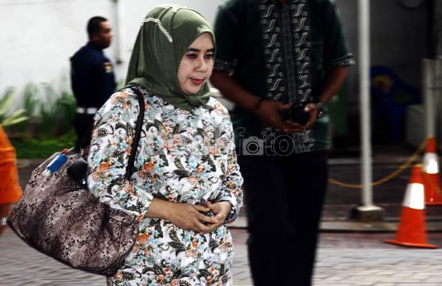 Istri Kedua Rusli Zainal Diperiksa KPK