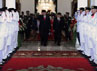 Presiden SBY, didampingi Ibu Negara Hj Ani Bambang Yudhoyono serta Wapres Boediono dan Ibu Herawati tiba di tempat sebelum upacara dimulai. Cahyo/Setpres.