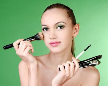 Urutan yang Tepat dalam Menggunakan Make-up