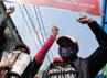 Para pekerja seks komersial yang ikut aksi damai menutup wajahnya.