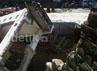 Rumah-rumah tersebut ambruk akibat getaran serta longsor karena proyek Box Culvert.