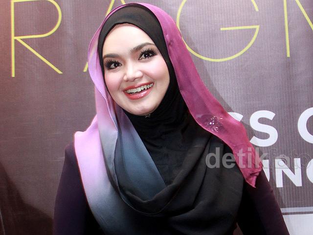 Siti nurhaliza rilis album ke 15 di jakarta for Siti di collezionismo