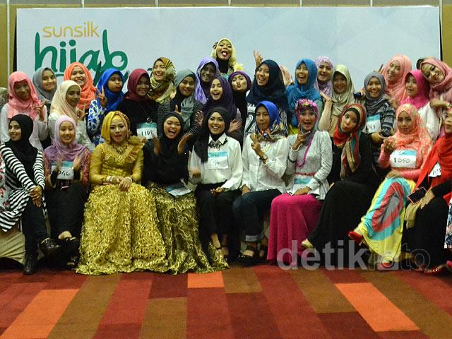 Audisi Pertama Sunsilk Hijab Hunt 2015 di Kota Surabaya