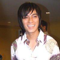 Baim Wong Pilih Batik Ketimbang Jas