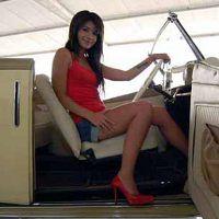 Sheila Marcia dan Mobil Antik