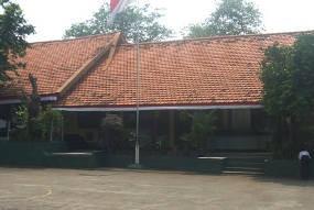 Kondisi Gedung SMP 110 Pesanggrahan Memprihatinkan